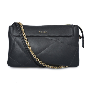 Medium Zip Clutch Case With Key Ring Black