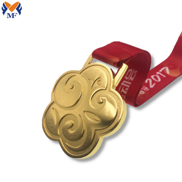 Factory wholesale custom design gift metal medal
