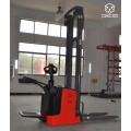 1.5t Electric pallet stacker 4.5M