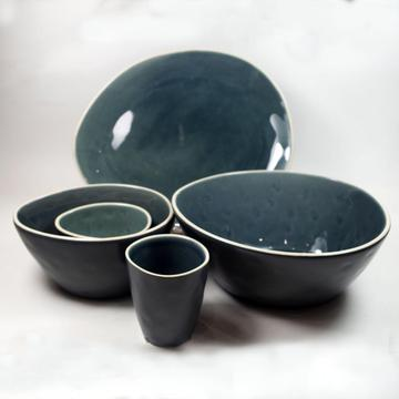 Stoneware  in Crackle glaze