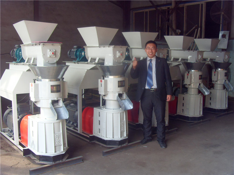 Small flat die feed pellet machine