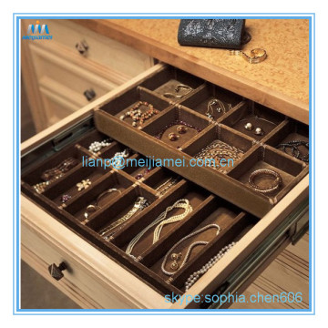 Wardrobe drawer jewelry tray