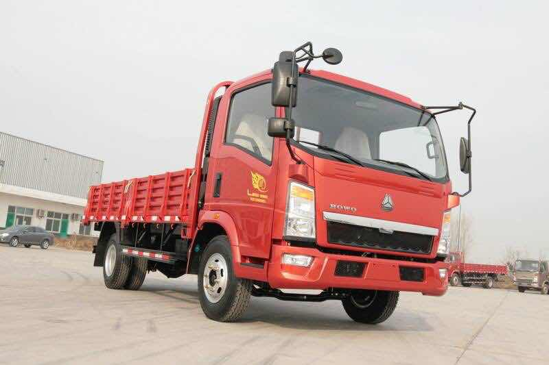 Light Duty Cargo Trucks For Sale