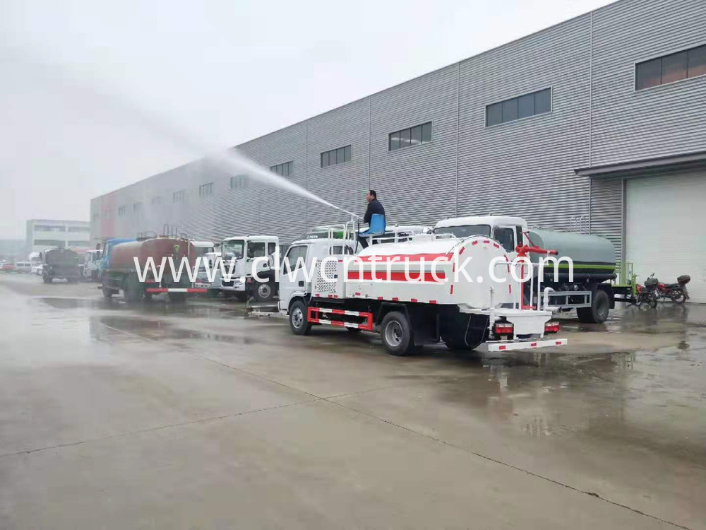 high jetting pressure truck 7
