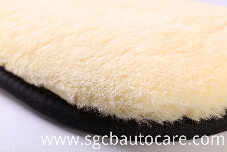 Super-Absorbent-car-cleaning-wool-glove-for