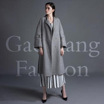 Large pocket double belt style overcoat