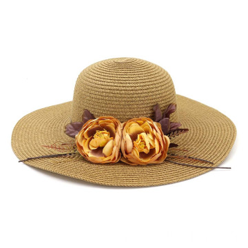 Foldable summer straw hat with double champagne rose