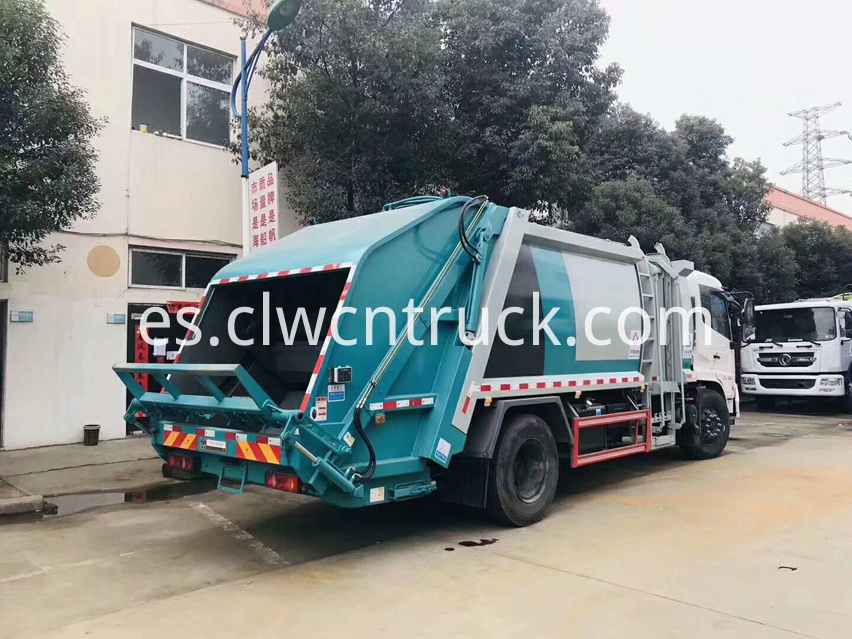 waste collection truck 4