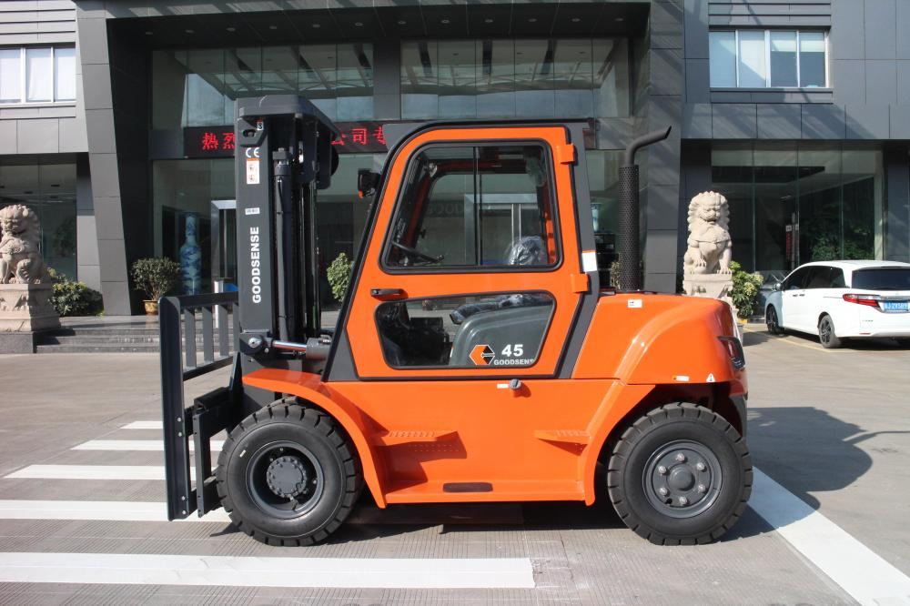 Forklift With Cabin