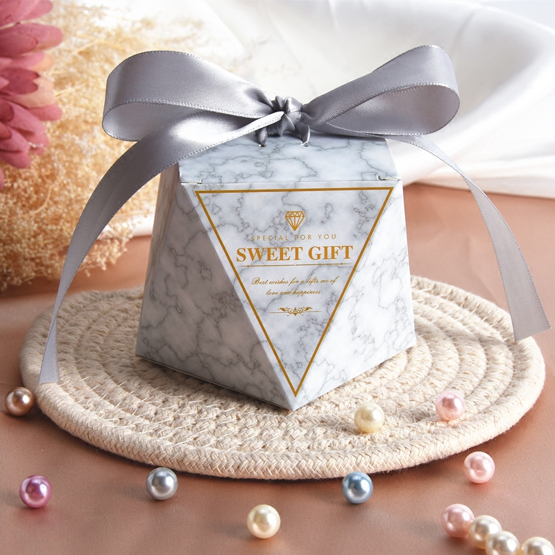 Small Delicacy Diamond Shape Wedding Candy Packaging Boxes