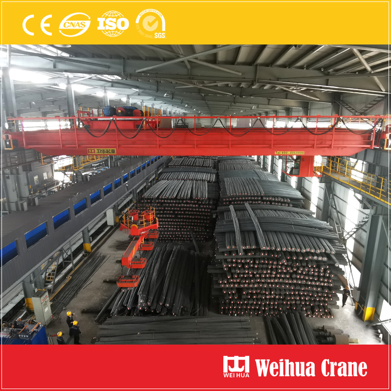 Overhead Crane With Rotary Electromagnetic Beam
