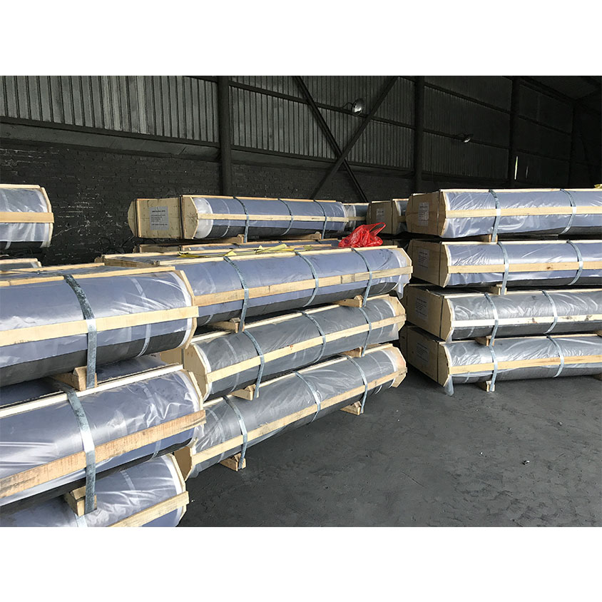UHP 300 Graphite Electrode for EAF Steelmaking Process