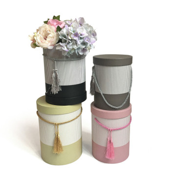 Set of three flower gift box round