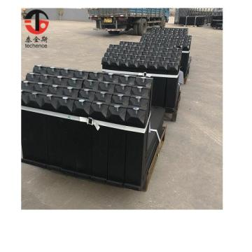Hook type fork lifter for forklift trucks