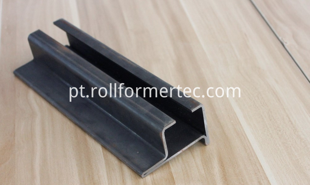 Elevator hollow guide rail roll forming machine (18)