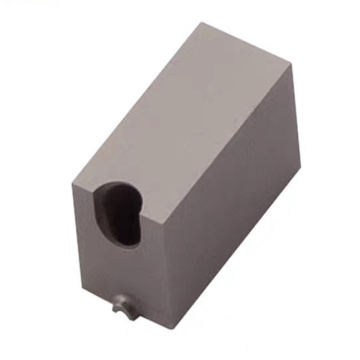 Mold Components Separated Cashew Gate Insert