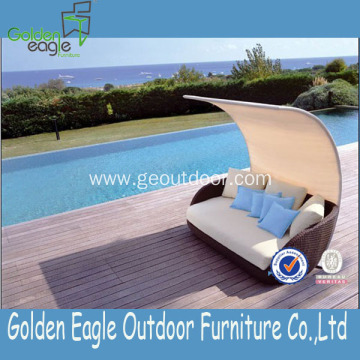 Poolside sofa with UV-proof sun lounger