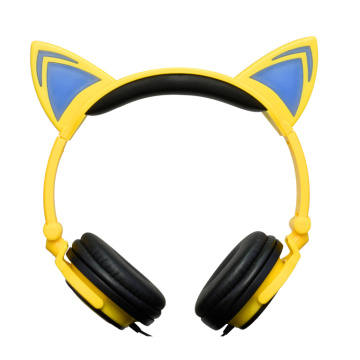 Holiday gifts hot selling lighting cat ear headphone