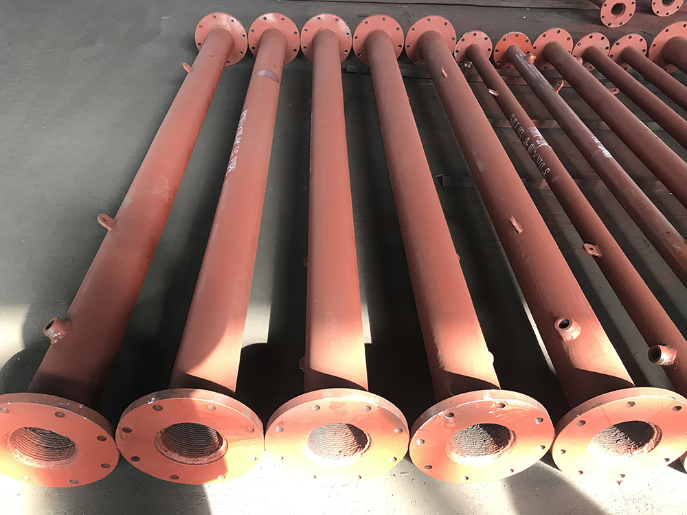 4 DIA x 10'-0 LG Overlay Pipes