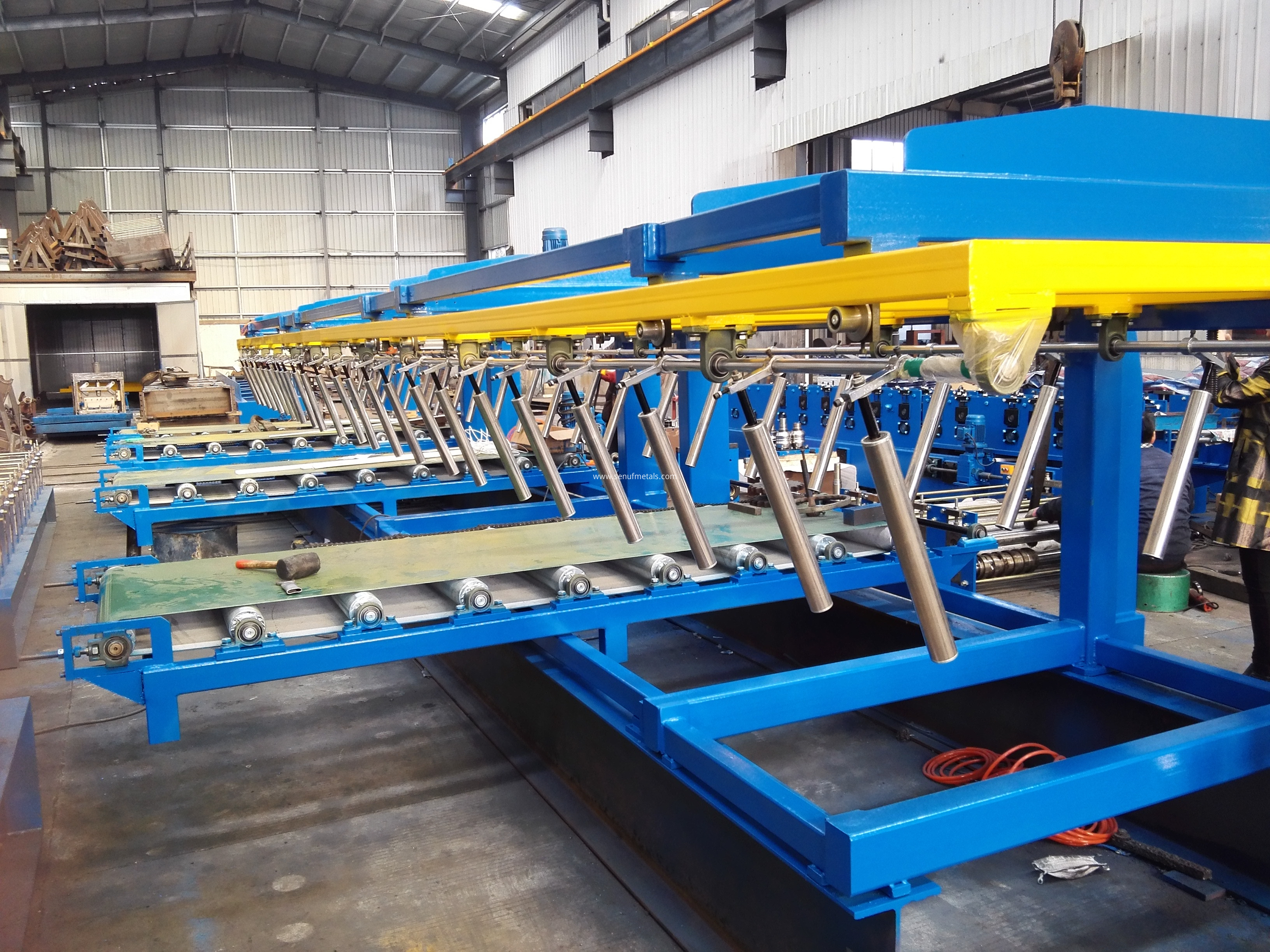 Auto stacker machine