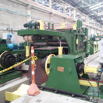 Steel cutting to length machine