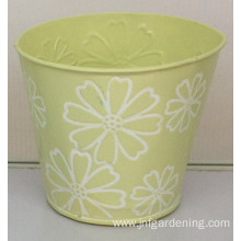 Light yellow storage bucket