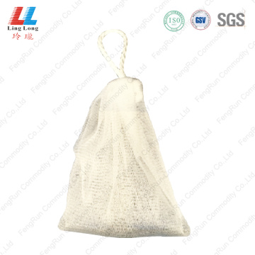 Mesh facial washing sponge effective