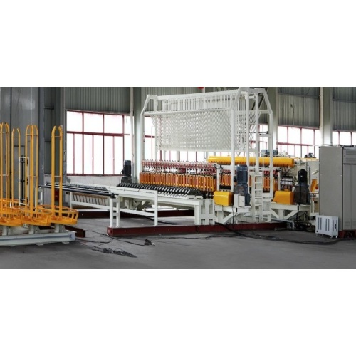 Automatic wire mesh welding production line