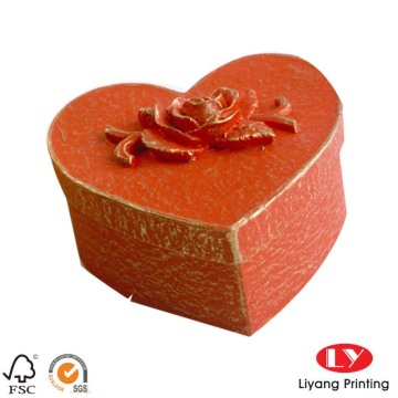 Fancy heart shaped wedding packing gift box