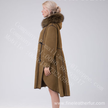 Spain Merino Shearling Overcoat With Motif Winter
