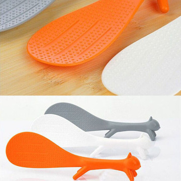 Hot Sale BEST Cute Plastic PP Cartoon Home Kitchen Squirrel Shape Rice Scoop Spoon Soup Sauce Paddle Ladle Random Color 619