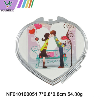 Folding pocket make-up mirror