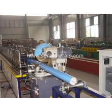 Round flying saw cutting downspout roll forming machine