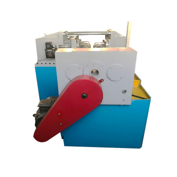 Thread rolling machine for making bolt