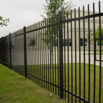 Steel Pipe Yard Fence