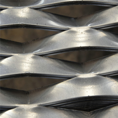 Expanded Metal Mesh In Galvanized Finish