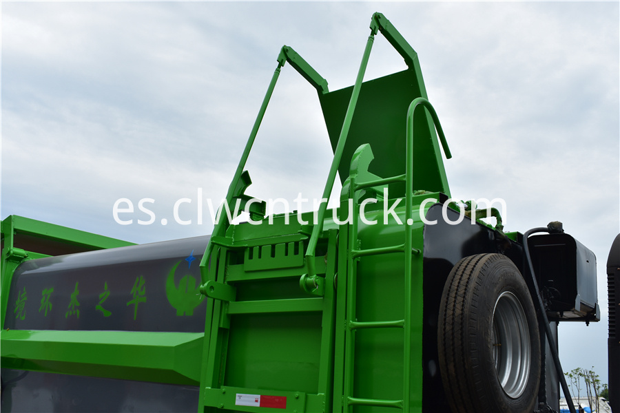 waste management recycling truck for sale
