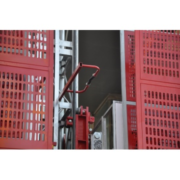 Fixed hydraulic construction lift