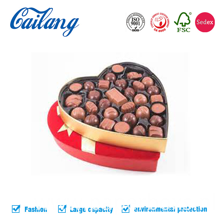 Red Fabric Heart-Shape Paper Box for Chocolate with Divider