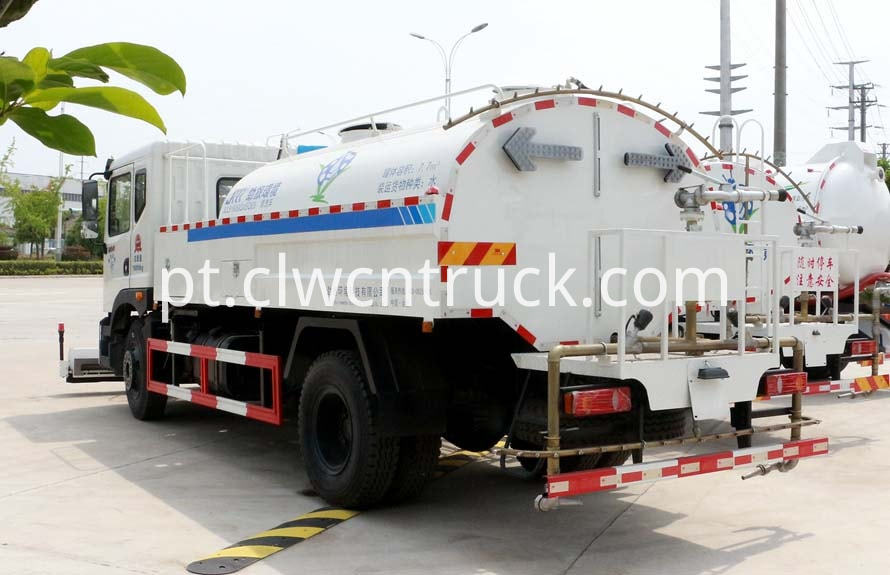 high pressure water jetting truck 2