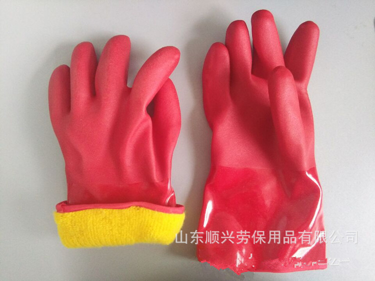 PVC impregnated cold gloves with cashmere lining
