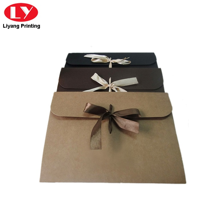 Kraft Envelope With Ribbon2