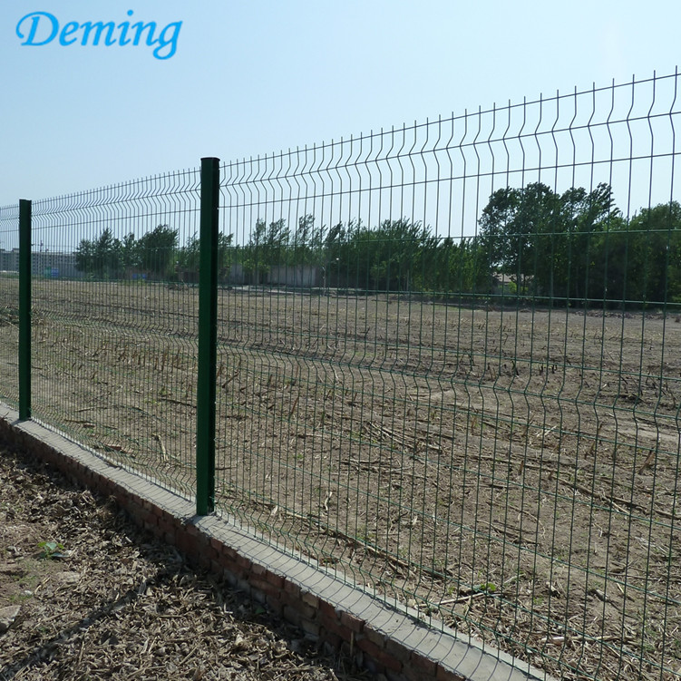 3D Curves Triangle Bending Fence