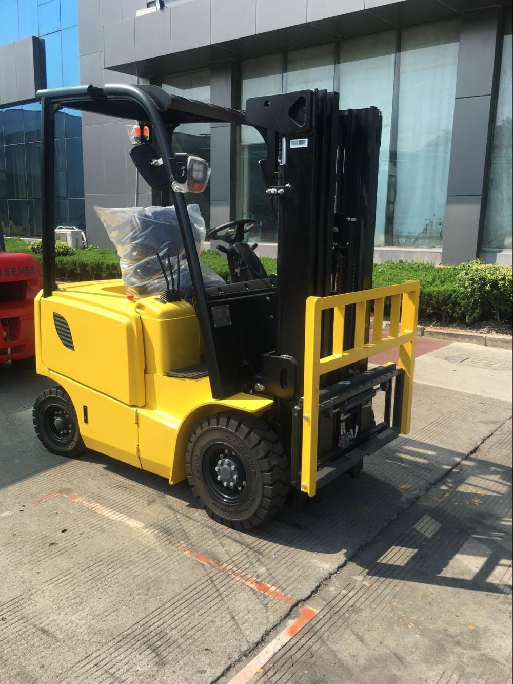 1.8 Ton Light Yellow Electric Forklift