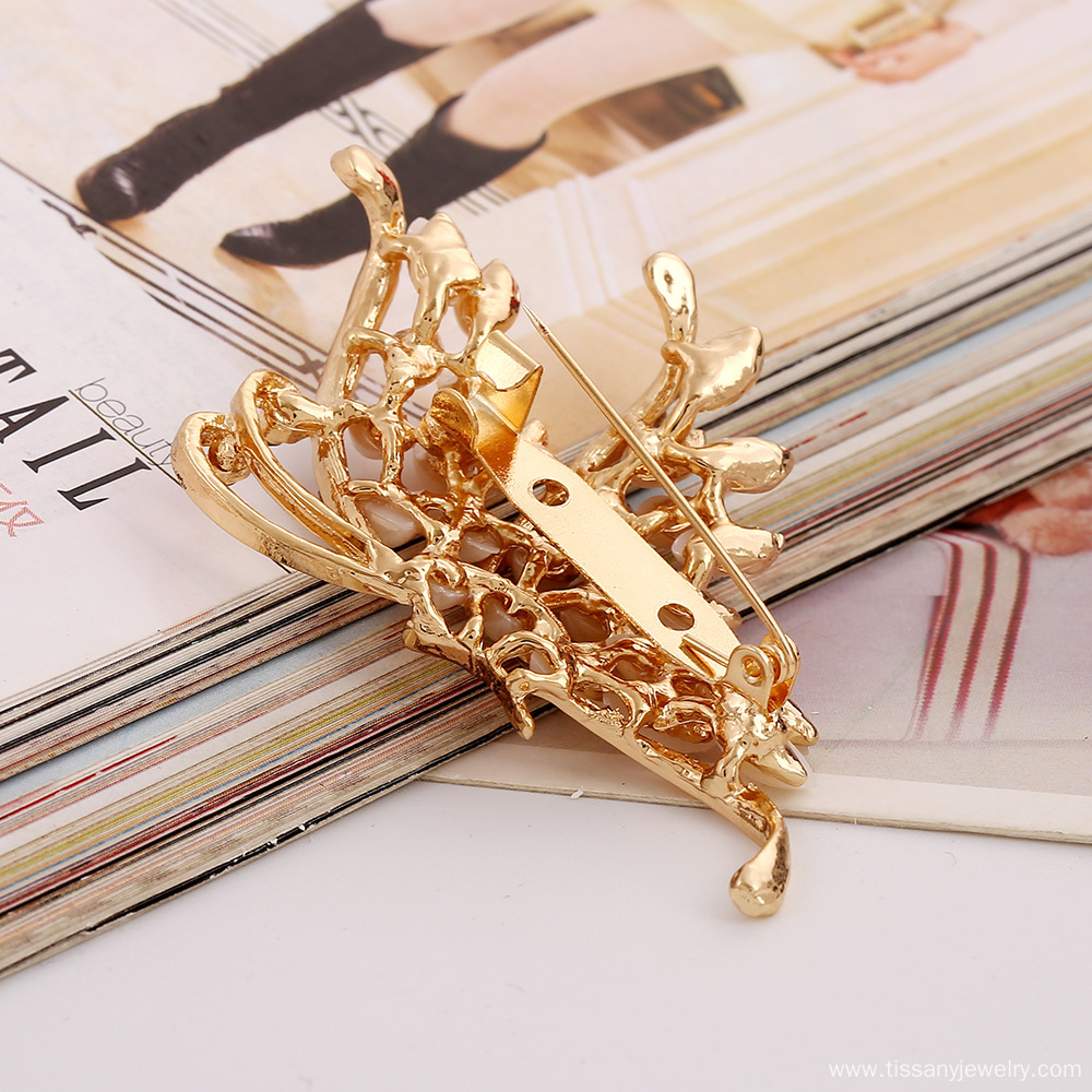 2015 new butterfly brooch pins