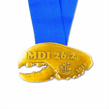 Personalized golden metal crab medal