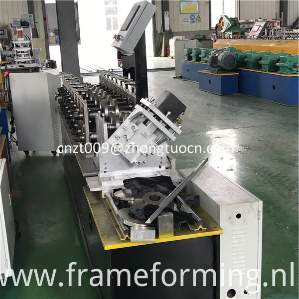 omega profile roll forming machine 2