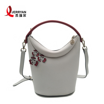 Branded Ladies Handbags Leather Bucket Bags Online