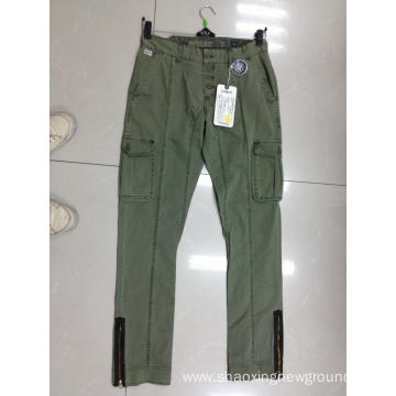 High quality cotton men's pant in autumn