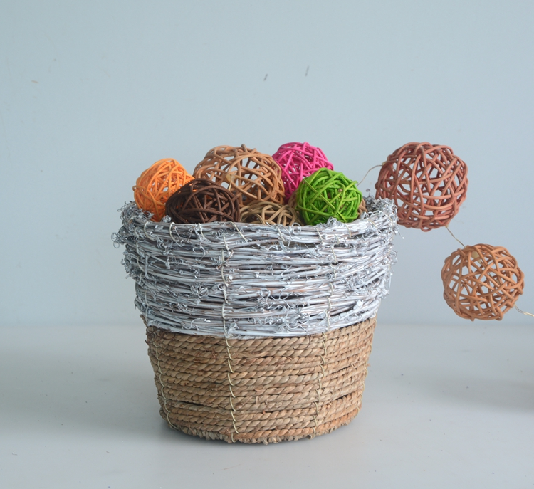 Round rattan and seagrass flower pot-4